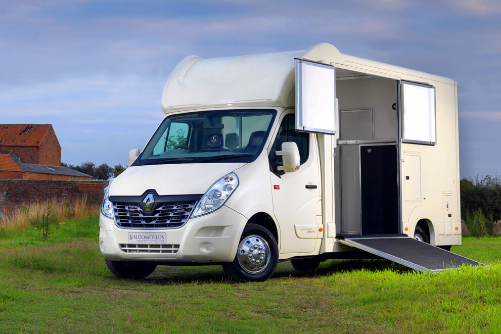 Bloomfields Horseboxes / Legacy SLE