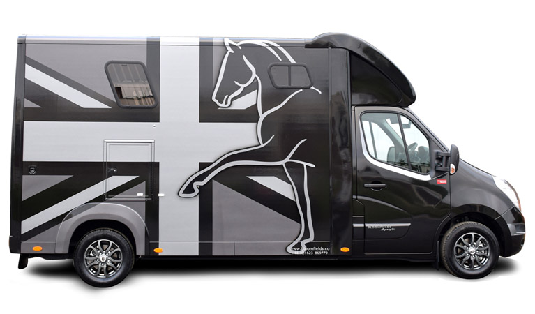 Horsebox Spray Design and Colour